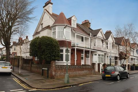 4 bedroom flat for sale - Lyndhurst Road, Hove, East Sussex, BN3