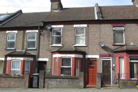 3 bedroom terraced house for sale - Hitchin Road, Luton, Bedfordshire, LU2