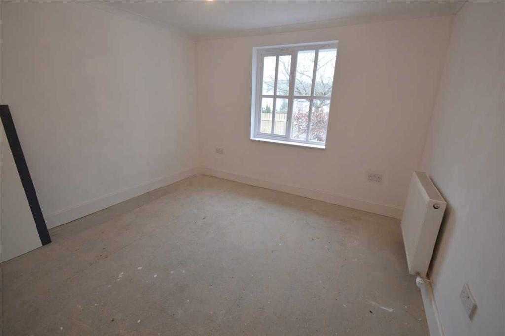 Sitting Room/ Bedroom 4