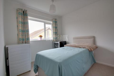 2 bedroom flat for sale - Westcroft Grove, Westfield