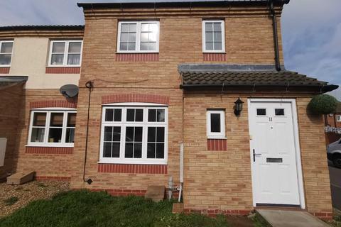 3 bedroom end of terrace house to rent - Hampton vale, Peterborough
