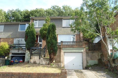 4 bedroom semi-detached house to rent - Eggington Road, Moulscombe