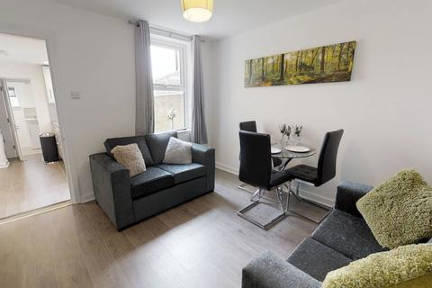 5 bedroom house share to rent - Tennyson Rd, Gillingham
