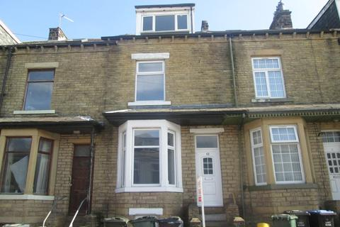 4 bedroom terraced house to rent - Curzon Road, Bradford, BD3