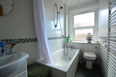 2 bedroom flat to rent - 19 Preston Park Avenue, Brighton BN1