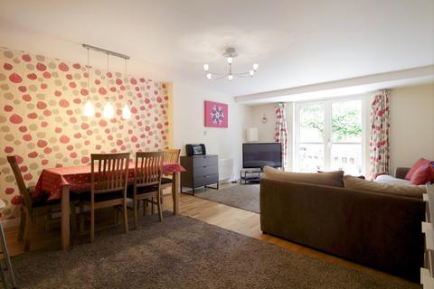 3 bedroom flat to rent - Valleyfield Street, Edinburgh EH3