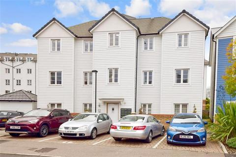 2 bedroom apartment for sale - Redbud Road, Tonbridge, Kent