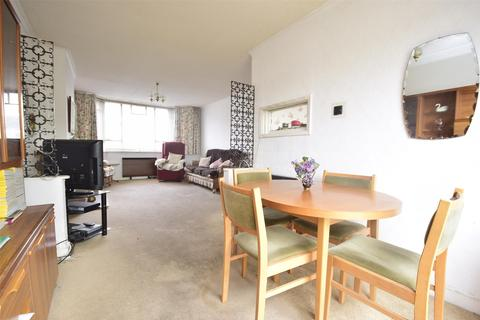3 bedroom terraced house for sale - Fouracre Road, Downend, BRISTOL, BS16 6PE