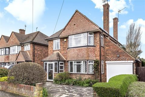 3 bedroom detached house for sale - Greenacres Avenue, Ickenham, Uxbridge, Middlesex, UB10