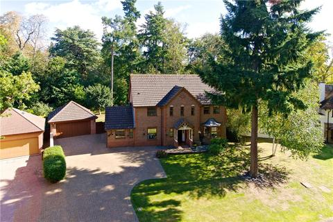 4 bedroom detached house for sale - Standing Stones, Great Billing, Northamptonshire