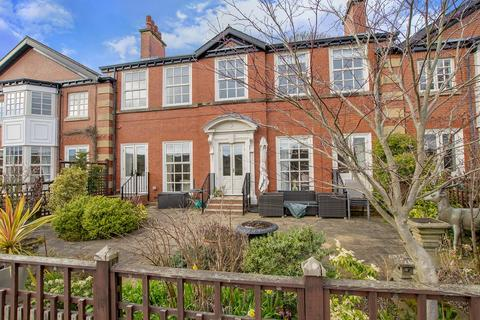3 bedroom apartment for sale - 7 Mayfield Heights, Fulwood, S10 3TT