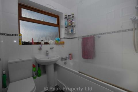 1 bedroom house to rent - Room At     Moreland Avenue, Benfleet