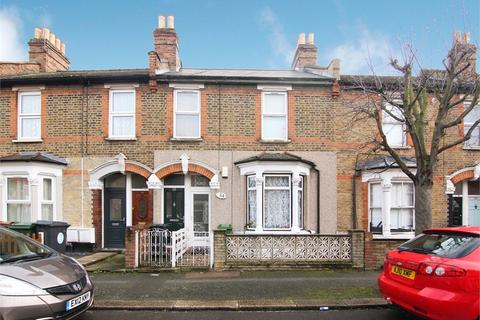 2 bedroom detached house for sale - Hove Avenue, Walthamstow, London