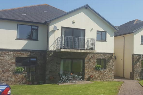 2 bedroom flat to rent - 2 Bed First floor Apartment,  Beech House, New Hedges Tenby SA70
