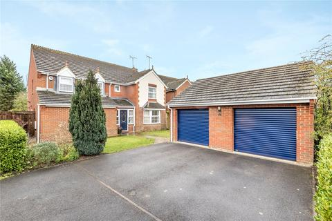 5 bedroom detached house for sale - Farriers Close, Bramley, Tadley, Hampshire, RG26