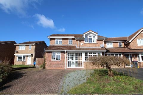 4 bedroom property to rent - Viscount Avenue, Telford, Shropshire