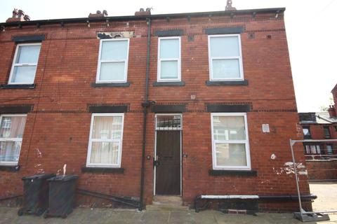 1 bedroom flat to rent -  Harlech Street,  Leeds, LS11
