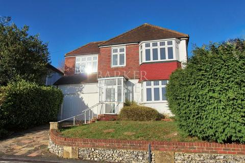 4 bedroom detached house for sale - Wind down at Winifred....