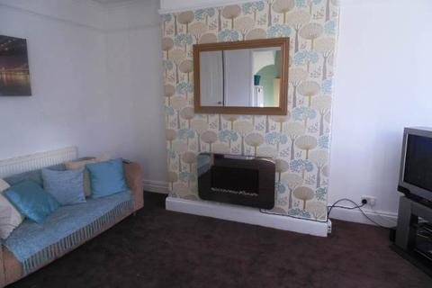 1 bedroom house share to rent - Woodside Place (Room 2), Burley, Leeds