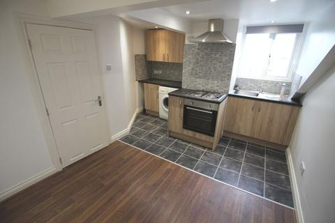 2 bedroom apartment to rent - Regent Street, Kingswood, Bristol