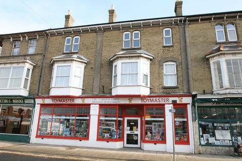 Retail property (high street) to rent - Regent Street, Shanklin