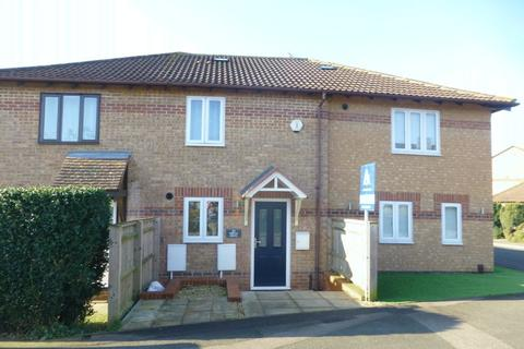 2 bedroom terraced house for sale - Spruce Drive, Bicester