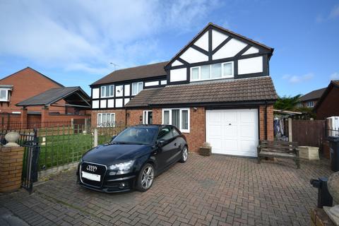 4 bedroom detached house for sale - Llys Y Castell, Kinmel Bay, Conwy, LL18
