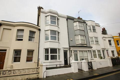 5 bedroom house to rent - Surrey Street, Brighton