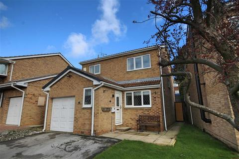 4 bedroom detached house for sale - Parkway, Crofton, West Yorkshire