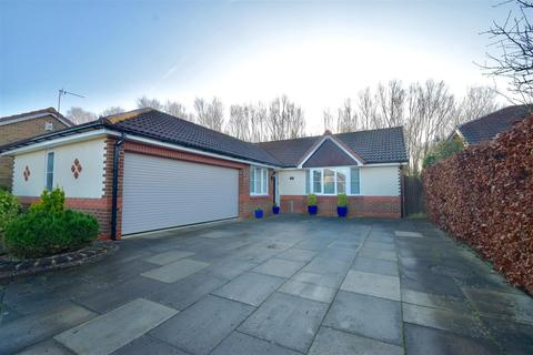 3 bedroom detached bungalow to rent - North Ridge, Whitley Bay