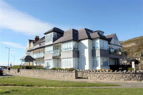 2 bedroom penthouse for sale - West Parade, West Shore, Llandudno, Conwy