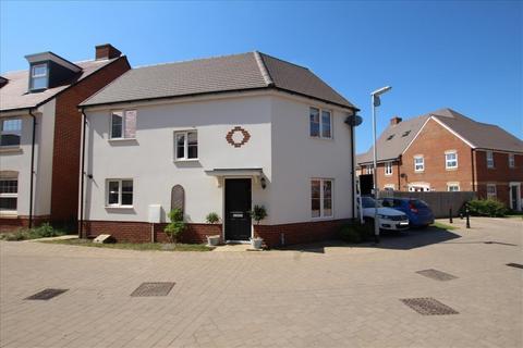 3 bedroom detached house for sale - Evans Grove, Biggleswade, SG18