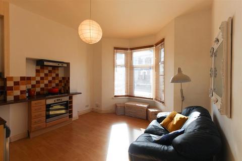 1 bedroom ground floor flat to rent - Atlas Place, Canton