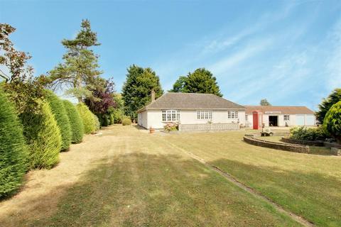 2 bedroom detached bungalow for sale - Fen Lane, Maltby Le Marsh, Alford