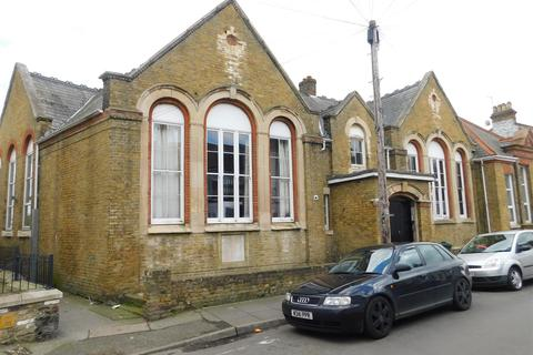 1 bedroom duplex for sale - Alexandra Road, Sheerness
