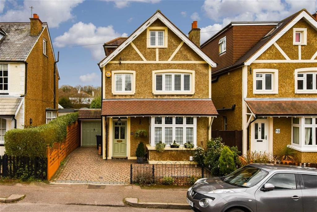 Duffield Road Walton On The Hill Surrey 5 Bed Detached