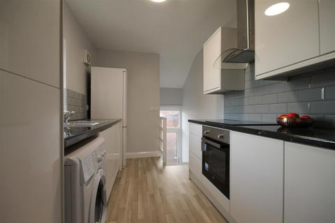 6 bedroom house share to rent - Grantham Road, Newcastle Upon Tyne