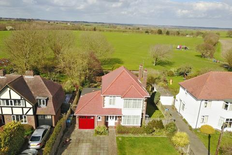 3 bedroom detached house for sale - Links Avenue, Felixstowe, IP11 9HD