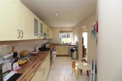 3 bedroom semi-detached house to rent - Rutherglen Avenue, Coventry, CV3 4DG