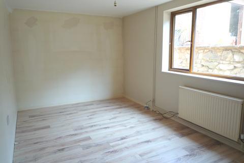 2 bedroom flat to rent - Southdown Road, Caversham