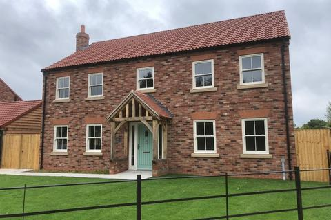 4 bedroom detached house for sale - Charter House, Gambrel Fold, Barmby On The Marsh, DN14 7HL