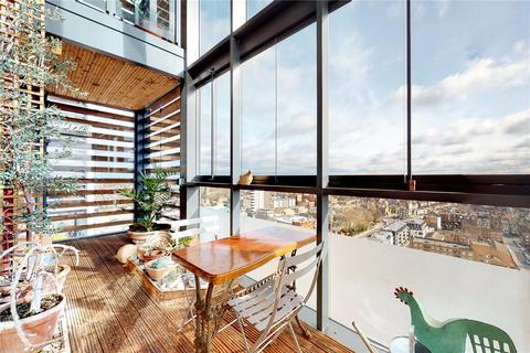 3 bedroom penthouse for sale - Gaumont Tower, Dalston Square, London, E8