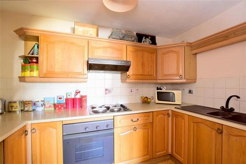 1 bedroom flat for sale - St. Georges Road, Brighton, East Sussex