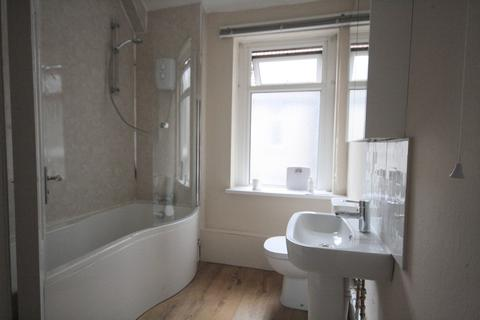 3 bedroom flat to rent - Penarth Road, Grangetown, Cardiff