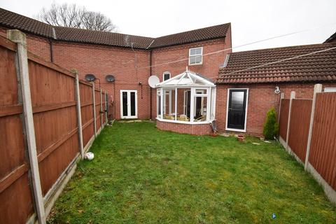 3 bedroom semi-detached house for sale - Oxon Way, Rowlatts Hill, Leicester