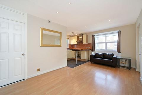 Studio to rent - Bramley Road, London, W10