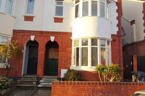 3 bedroom semi-detached house to rent - Greenhill Road, Clarendon Park, Leicester LE2
