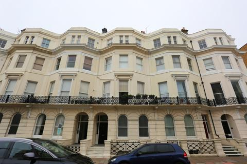 2 bedroom flat to rent - St Aubyns, Hove