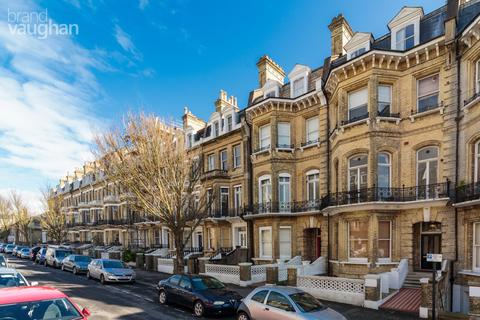 2 bedroom apartment to rent - First Avenue, Hove, BN3
