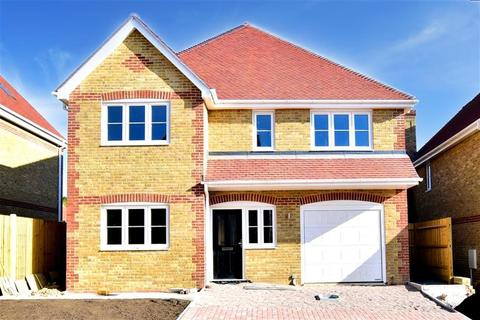 4 bedroom detached house for sale - Robin Close, Rook Lane, Bobbing, Sittingbourne, Kent